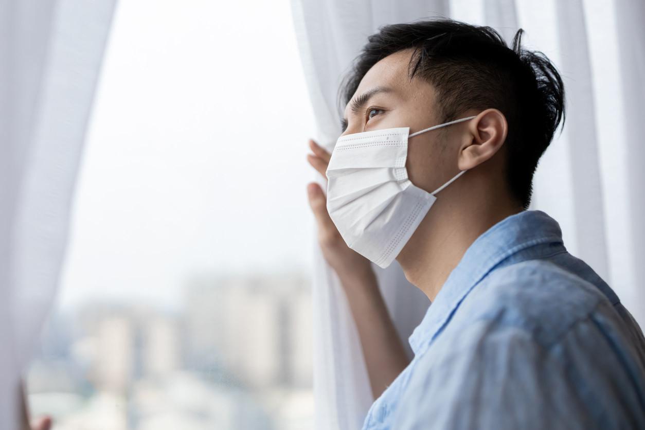 在評量室內空氣品質時,「TVOC」濃度是現代常用的指標之一。TVOC原文為「總揮發性有機物」,是一種或多種由碳元素組成,在常溫常壓下容易揮發的有機物總稱。